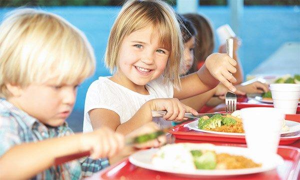 La alimentación en los comedores escolares