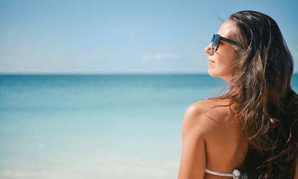 Trucos y alimentos para broncear tu piel